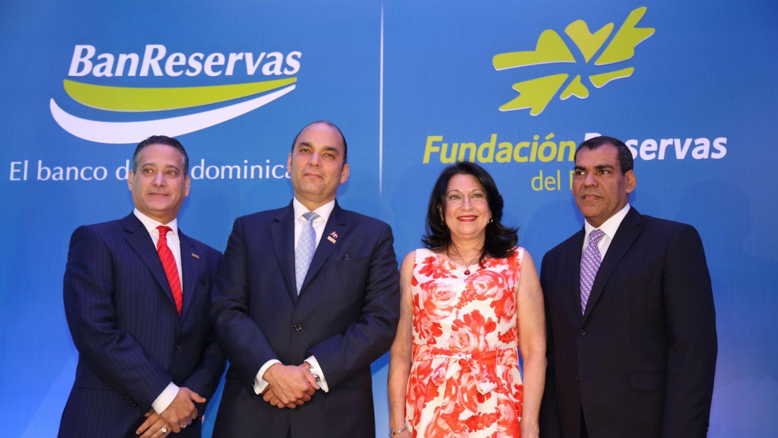 Microempresarios tendrán mayores facilidades a través de subagentes bancarios