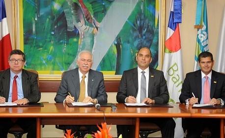 Banreservas y BHD León firman acuerdo accionario para subagentes bancarios